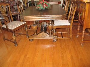 1930'S PROFF REFINISHED DINING TABLE WITH CHAIRS