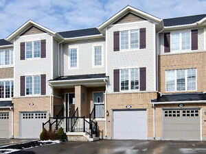 A excellent townhouse in Ancaster Meadowlands