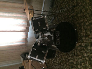 Network percussion drum kit 250$ obo