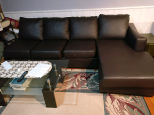 8 seater U shapes sofa / can seprated in 3 pieces