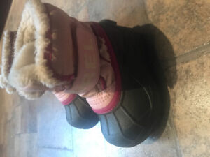 Toddler sorel boots sz 6