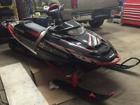 2004 POLARIS VERTICAL ESCAPE 800 LONG TRACK