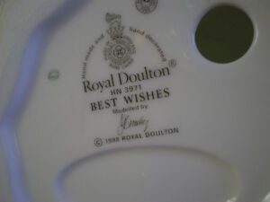 "Royal Doulton Figurine "" Best Wishes "" - HN3971 Kitchener / Waterloo Kitchener Area image 8"