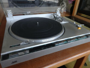 JVC L-F210 Fully-Automatic Direct-Drive Turntable for sale