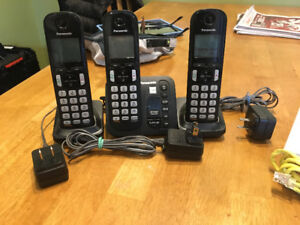 house phone, router, network extender