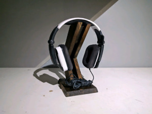 Wooden Headphone Stand - OBO