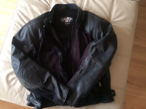 Black leather motorcycle touring jacket with armour  Peterborough Peterborough Area image 1