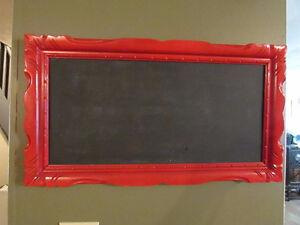 Cadre avec tableau intégré pour écrire