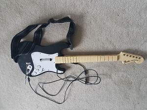 ROCK BAND XBOX GUITAR - WORKS GREAT!