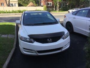 Honda Civic 2010 57500 KM 2 Portes tres bonne condition
