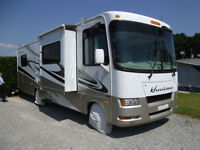 2008, FOUR WINDS HURRICANE 31D, TWIN SLIDE OUTS, ISLAND BED, LPG, 18,713 MILES