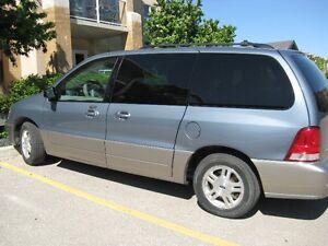 2004 Ford Freestar SEL Minivan, Van