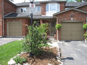 Upper Stoney Creek Townhome Close to Redhill