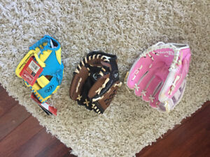 Kid's ball gloves