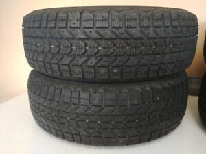 Snowtires - Four Firestone WinterForce tires - 15 inch