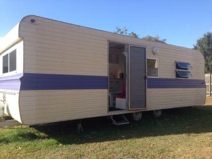 Caravan '80's Dundowran Beach Fraser Coast Preview