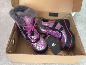 Girls size 10 sorel winter boots
