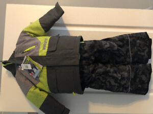 New with tags boys snowsuit, size 4