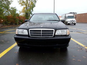 2000 Mercedes-Benz Automatic; Leather & Electric inside