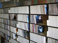 Very large record collection 7 inch + LP's vinyl and CD singles & albums: suit car booter / dealer