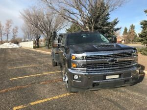 2018 Silverado 3500 Dually Crew Cab with Falcan bale deck