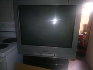 Emerson 30 inch box tv