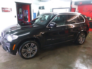 2013 BMW X5 7 seater with M package