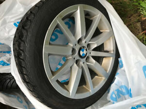 PNEUS D'HIVER GOODYEAR 225/45R17 94T XL ULTRA GRIP ICE + ROUES