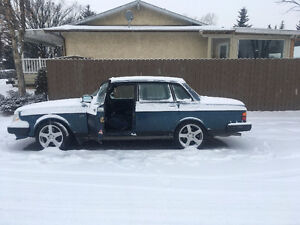 REDUCED. 91 Volvo 240 CHEVY SWAPPED AMAZING PROJECT NEW MOTOR