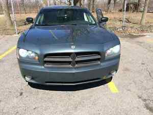 Dodge charger sxt 3.5! NEEDS TO GO ASAP!!