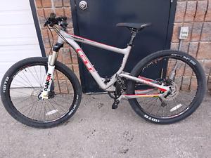 GT helion mountain bike