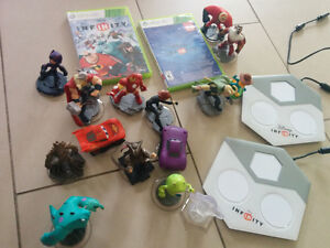 DISNEY INFINITY 1 AND 2 FOR XBOX 360 COMPLETE KITS West Island Greater Montréal image 2
