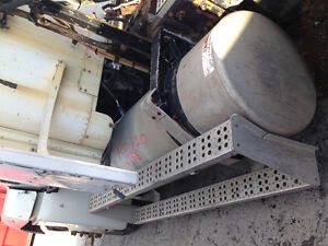 PARTING OUT-1997 FREIGHTLINER Peterborough Peterborough Area image 10