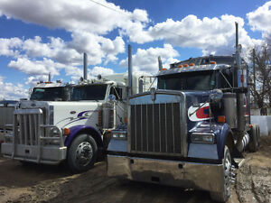 2000 Kenworth W-900 with 500 hp Detroit 60 series 12.7 litre