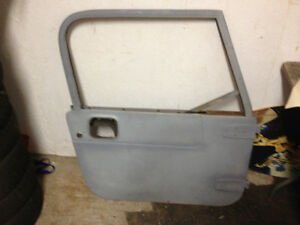 PASSENGER DOOR FROM OLDER JEEP TJ ?