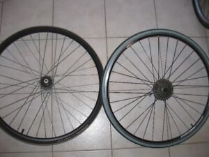 Giant GX-02 700c wheel set with Michelin Lithion and Schwalbe St
