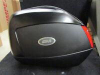 Sacoches Latéraux Rigides Givi pour Yamaha FZ 8