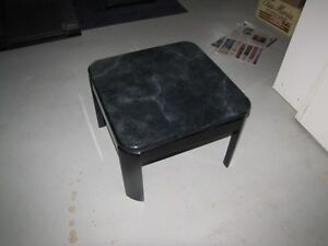 Great coffee table and small table - two for small price Gatineau Ottawa / Gatineau Area image 1