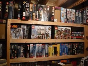 Lego wanted.  Sets, minifigures, bulk loose lego, misc.