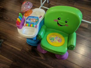 Fisher-Price Laugh and Learn Musical Table