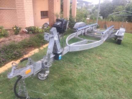 Heavy duty Marlin boat trailer suit 7mtr electric hydraulic brake