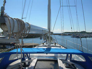 37 Foot Hunter Cutter Sailboat for Sale - $20,000 CAN – or BO
