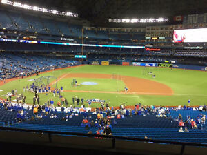 Toronto Blue Jays Tickets Infield Section 219L and 517R