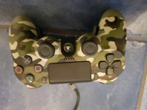 Selling ps4 controller with strike pack