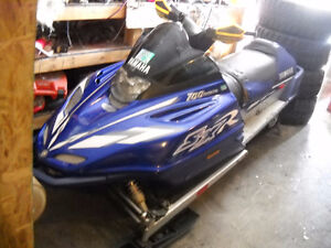 2002 Yamaha SXR 600 with Reverse