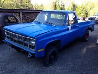1980's gmc regular cab long box 4x4