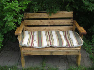 Rustic Loveseat  w/Cushion