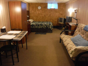 *DELUXE ROOM RENTAL* GREAT LOCATION IN PORT HAWKESBURY