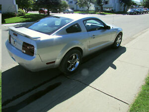 2005 Ford Mustang Coupe 6 Cylinder