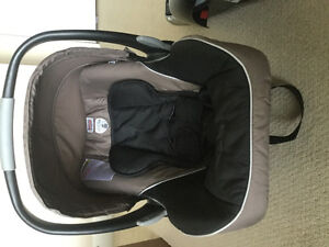 Britax B- safe car seat with base - very good deal!